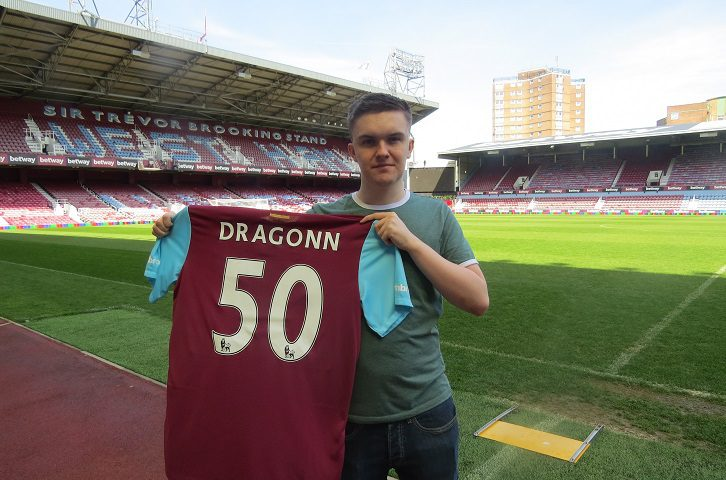 West Ham becomes first English Premiership football club to sign an e-sports player