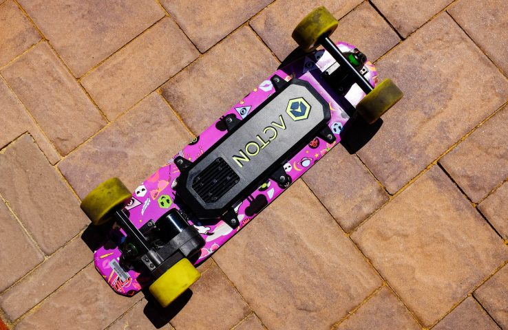 Review: Acton's Blink Board is a quirky board with an unpolished remote