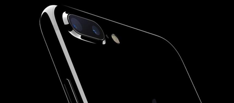 Apple publishes durability warning for new glossy Jet Black iPhone 7 finish