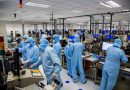 Apple invests $390 million in TrueDepth component maker Finisar