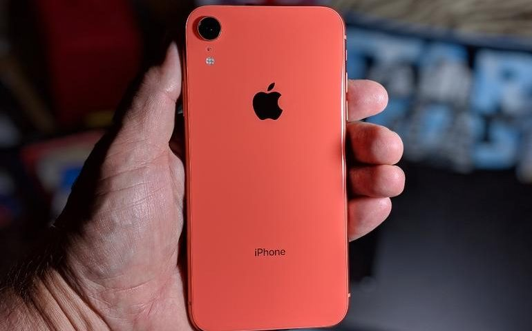 Apple iPhone XR: Three features I love, and one I hate