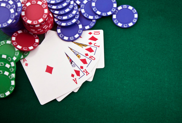 AI smokes 5 poker champs at a time in no-limit Hold'em with 'relentless consistency'