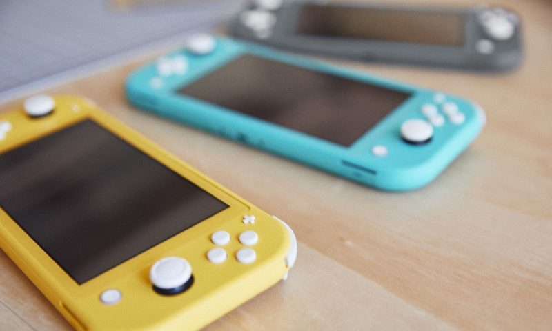 Nintendo announces a handheld Nintendo Switch Lite for $199